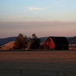 Sun sets on Oregon farm